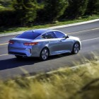 2016-kia-optima-plug-in-hybrid-rear-quarter
