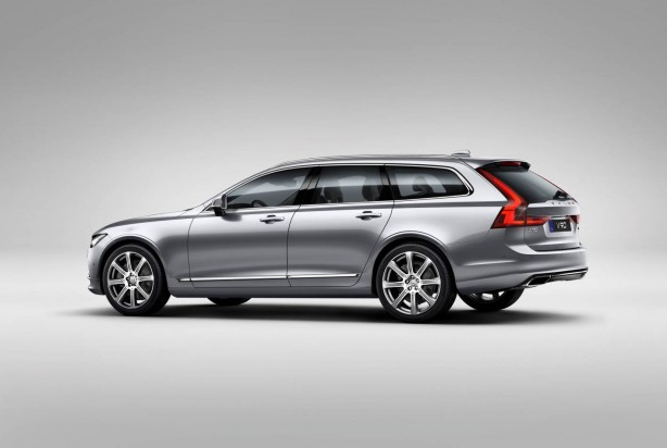 Volvo V90 Studio Rear 3/4