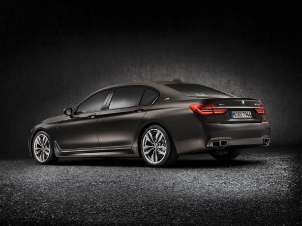 BMW-V12-rear
