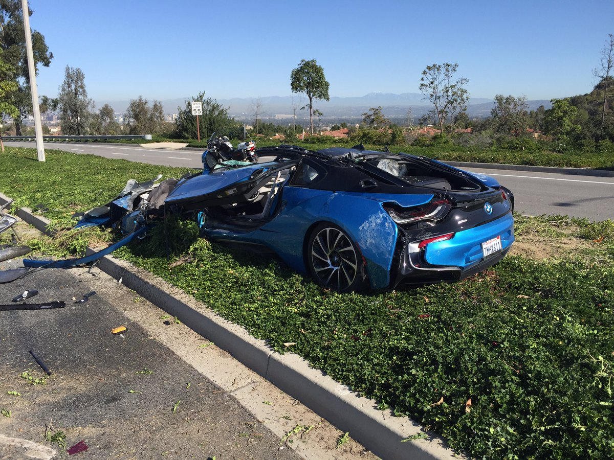 Bmw Cars News Bmw I8 Destroyed In Freak Crash