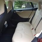 2016-tesla-model-s-p90d-rear-seats