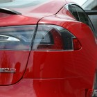 2016-tesla-model-s-p90d-taillight
