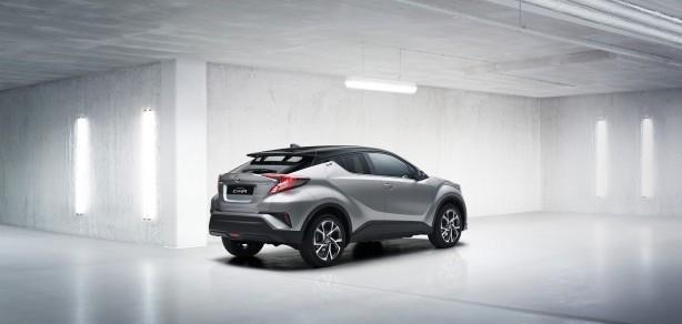 2016-toyota-c-hr-crossover-rear-quarter2