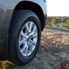 2016-toyota-landcruiser-sahara-front-wheel