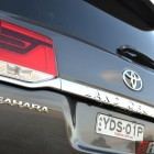 2016-toyota-landcruiser-sahara-tailgate
