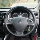 Mitsubishi-Cars-Review-Triton-GLS-2016-AT - 45-steering-wheel