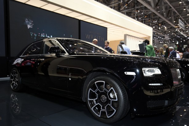 Rolls-royce-cars-ghost-black-badge-edition-2016-geneva-motor-show-side1