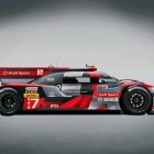 audi-r18-lmp1-race-car-05-side