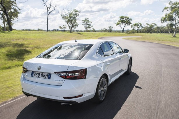 forcegt 2016 skoda superb 206tsi rear quarter