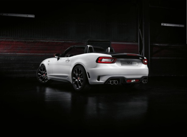 forcegt abarth 124 spider rear quarter