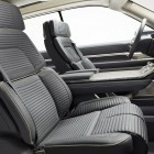 Six Lincoln Perfect Position seats adjust 30 ways to best support occupants different body types including independent thigh extensions.