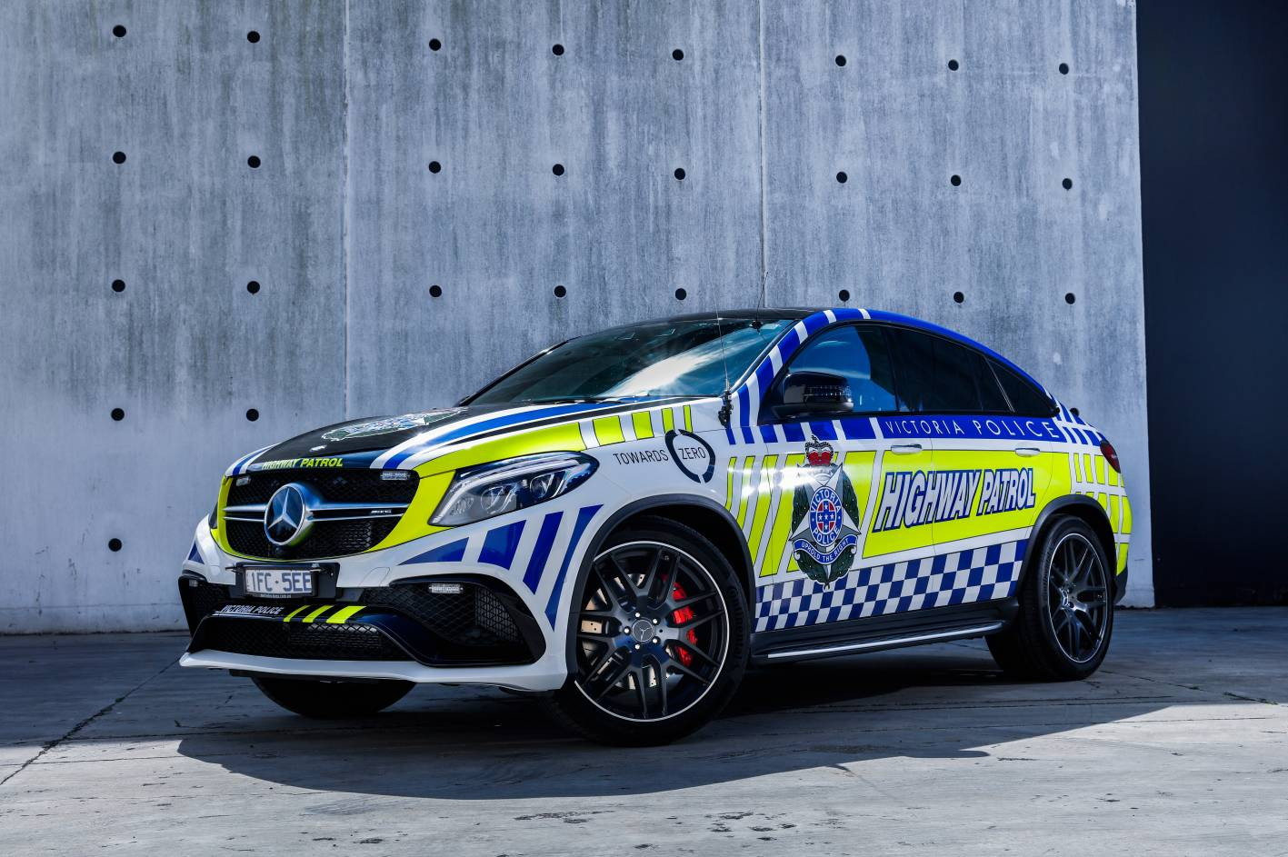 victoria police gets 430kw mercedes amg gle 63 s coupe. Black Bedroom Furniture Sets. Home Design Ideas