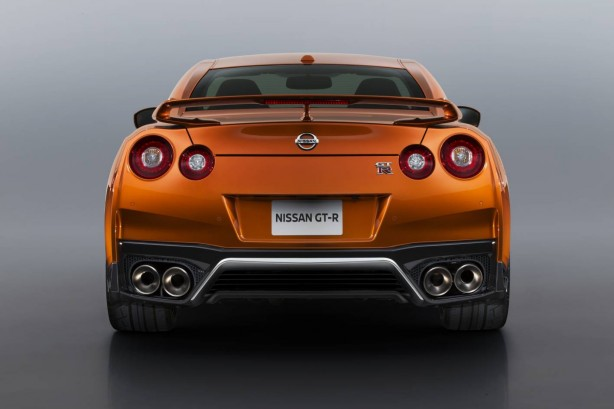 nissan-nismo-track-edition-australia-september-09