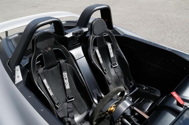 vuhl-cars-news-a-better-look-at-mexicos-own-supercar-the-vuhl-05-side-interior