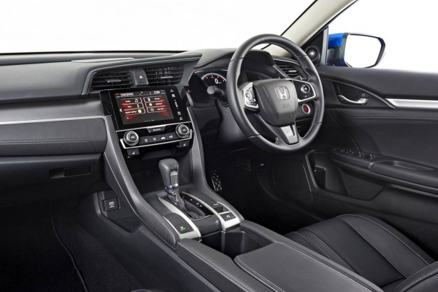 2016-honda-civic-rs-cabin