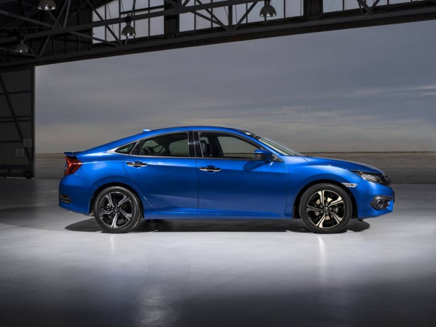 2016-honda-civic-rs-side