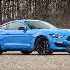 2017-shelby-gt350-mustang-front-quarter2