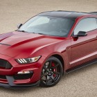 2017-shelby-gt350-mustang-front-quarter4