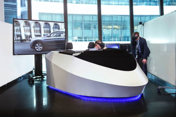 BMW-car-news-employs-HTC-Vive-VR-for-new-vehicle-development-mixed-reality-cockpit-03