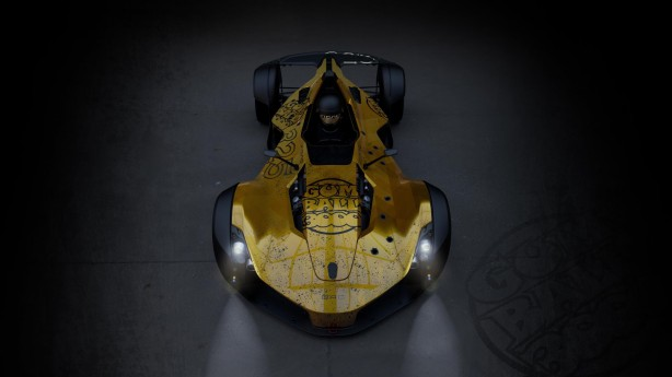 bac-cars-news-forcegt-mono-front-bacmono-gumball-3000-race-supercar-hypercar-singleseat-gold-wrap-top