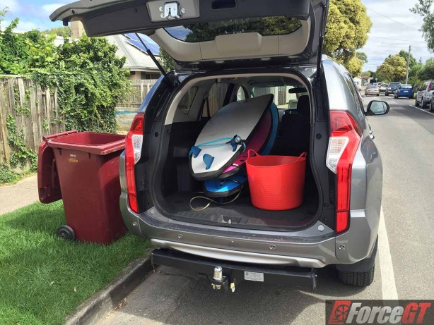 mitsubishi-pajero-sport-review-2016-glx-automatic-surfing-gear-storage.jpg