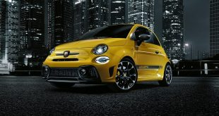 2016-abarth-595-facelift-front-quarter2