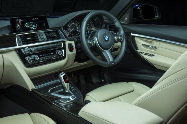 2016-bmw-330e-interior