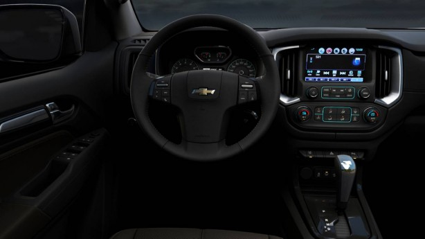 2016-holden-trailblazer-interior