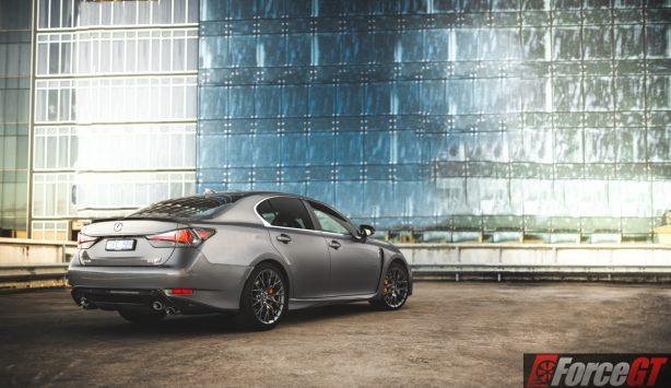 2016 lexus gs f rear quarter-2
