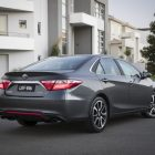 2016-toyota-camry-facelift-rear-quarter