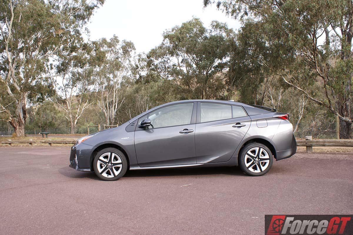 Amazing Toyota Prius Review 2016 Toyota Prius ITech