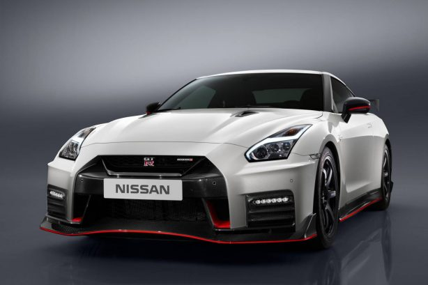 2017-nismo-nissan-gtr-next-level-600hp-nurburgring-2