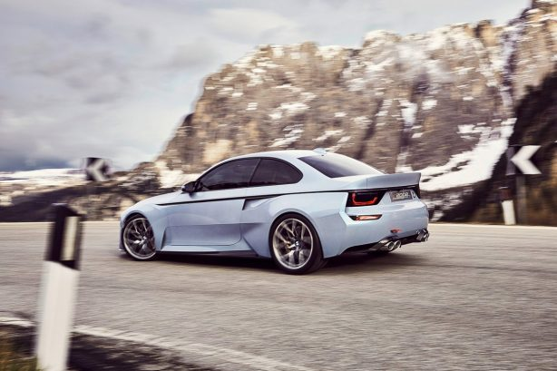 BMW-2002-Hommage-rolling