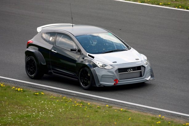 hyunda i30 2.0L Turbo N development car