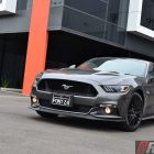 2016-ford-mustang-gt-fastback-front