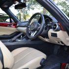 2016 mazda mx-5 roadster interior