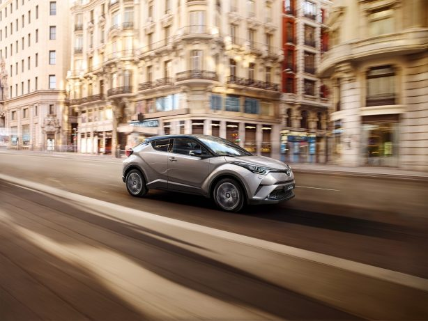 2016-toyota-c-hr-europe