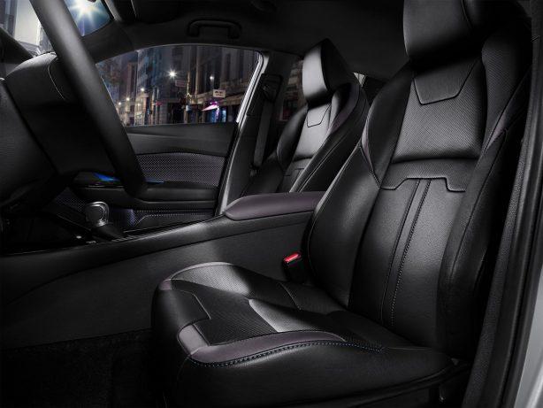 2016-toyota-c-hr-interior-front-seats