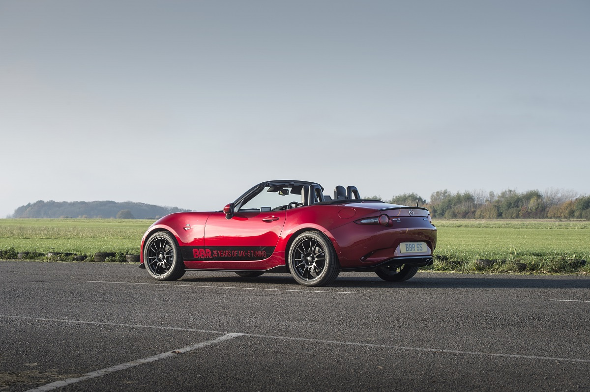 mazda mx 5 sharpened with bbr engine and chassis upgrade. Black Bedroom Furniture Sets. Home Design Ideas