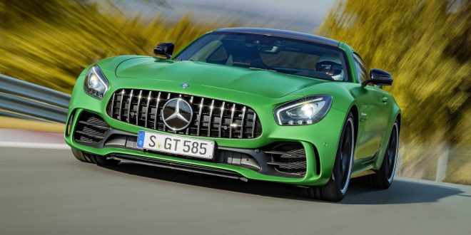 First Look: Mercedes-AMG GT R