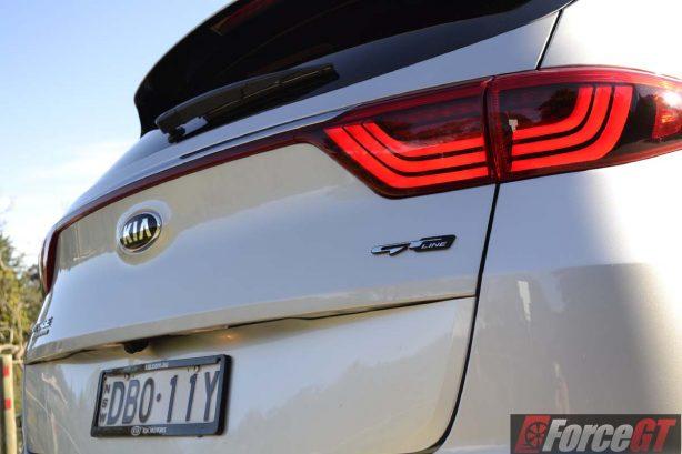 2016 Kia Sportage platinum taillights