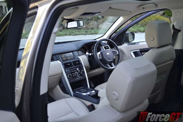 2016 Land Rover Discovery Sport interior