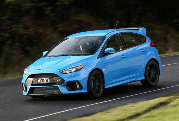 2016 ford focus rs launch front quarter