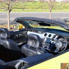 2016-ford-mustang-gt-convertible-cabin