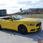 2016-ford-mustang-gt-convertible-front-quarter-roof-down