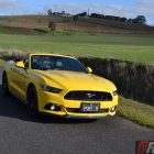 2016-ford-mustang-gt-convertible-front-roof-down