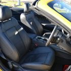 2016-ford-mustang-gt-convertible-front-seats
