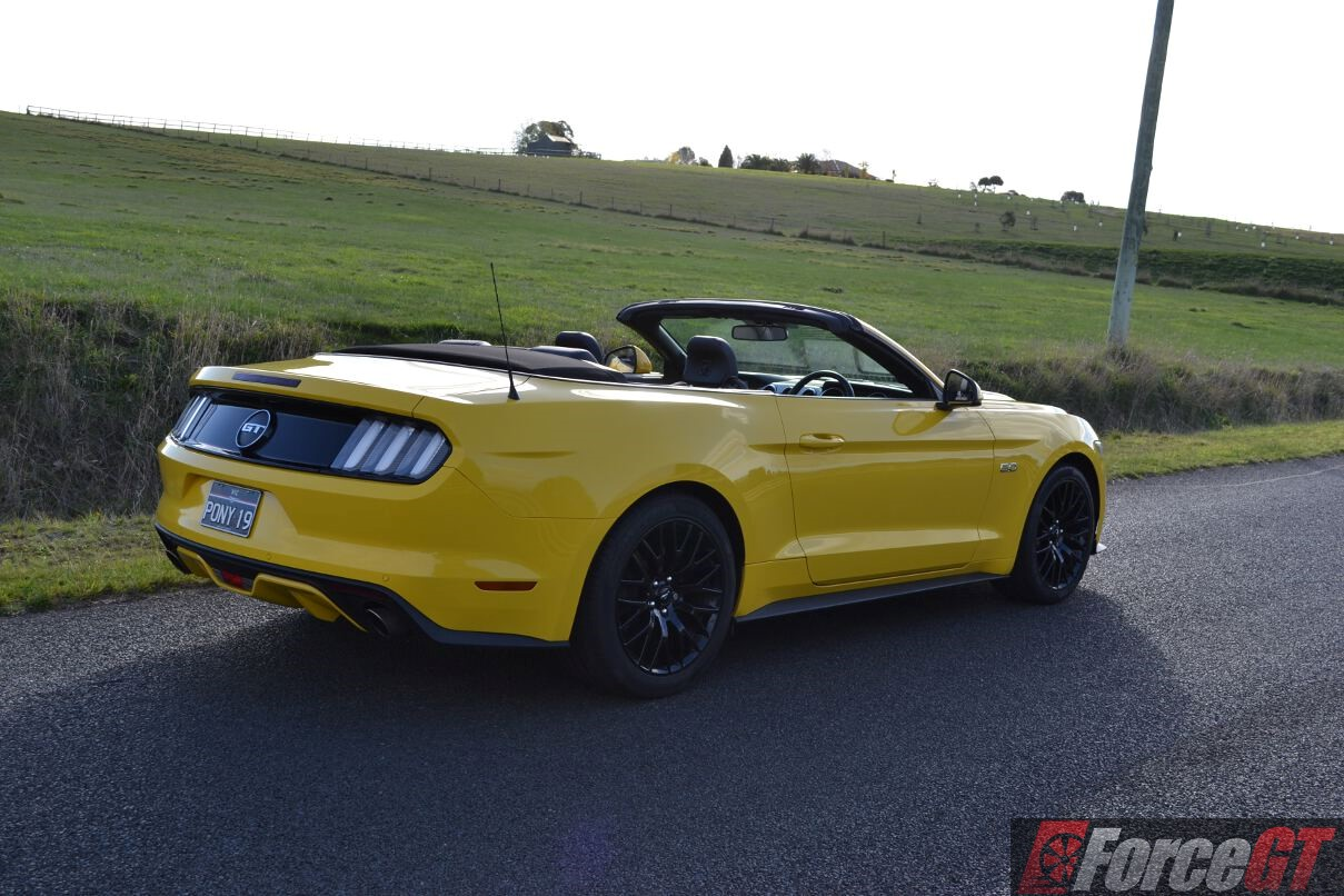 2016 ford mustang gt convertible review. Black Bedroom Furniture Sets. Home Design Ideas