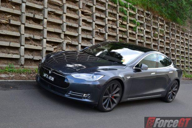 2016-tesla-model-s-p90d-front