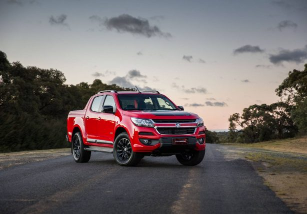 2017 holden colorado front